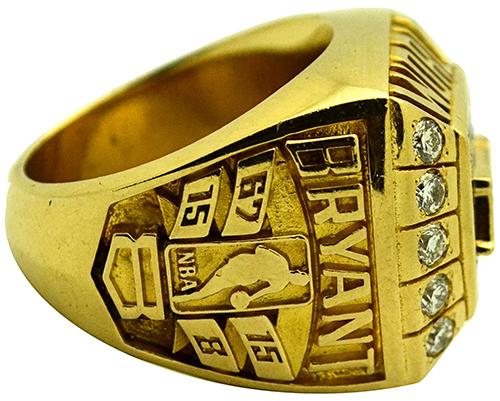Kobe Bryant Championsip Ring Sells for More Than $165,000