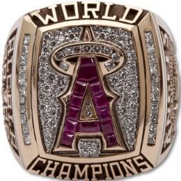 2002 Anaheim Angels World Series Ring