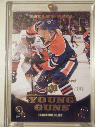 Virtual Card Show: Taylor Hall Hockey Cards 26