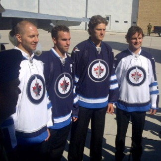 New Winnipeg Jets Jerseys Ready to Take Off 1