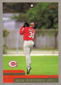 2000 Topps Baseball Cards 3
