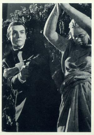 1965 Philadelphia Gum James Bond Trading Cards 19