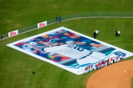 Topps Unveils World's Largest Baseball Card 2
