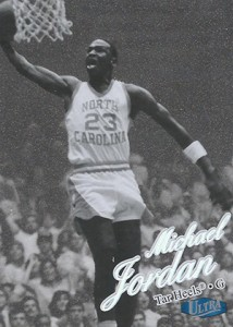 2012-13 Fleer Retro Michael Jordan Cards Soar 19
