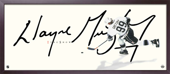 Wayne Gretzky Signs New Long-Term Autograph Deal with Upper Deck 1