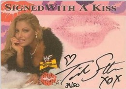 Trish Stratus Wrestling Cards, Autograph and Memorabilia Guide 4