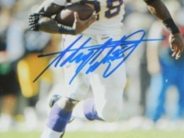 Adrian Peterson Signed Photo Closeup