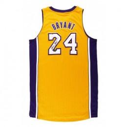 Kobe Bryant Card and Memorabilia Guide 44