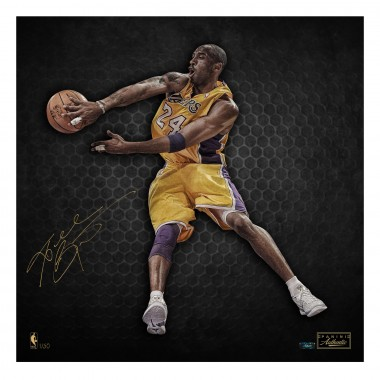 Kobe Bryant Card and Memorabilia Guide 27