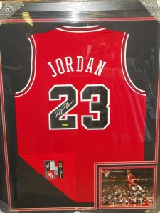 Michael Jordan Card and Memorabilia Buying Guide 25