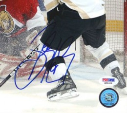 Sidney Crosby Signed Photo Closeup