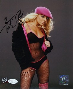 Trish Stratus Wrestling Cards, Autograph and Memorabilia Guide 23