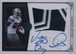 Dez Bryant Rookie Cards and Autograph Memorabilia Guide 1