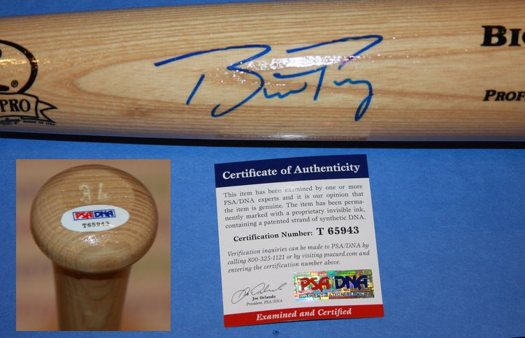 Buster Posey Signed Bat