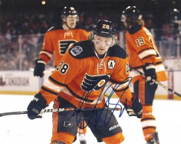 Claude Giroux Cards and Autograph Memorabilia Guide 25