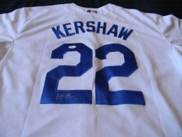 Clayton Kershaw Signed Jersey