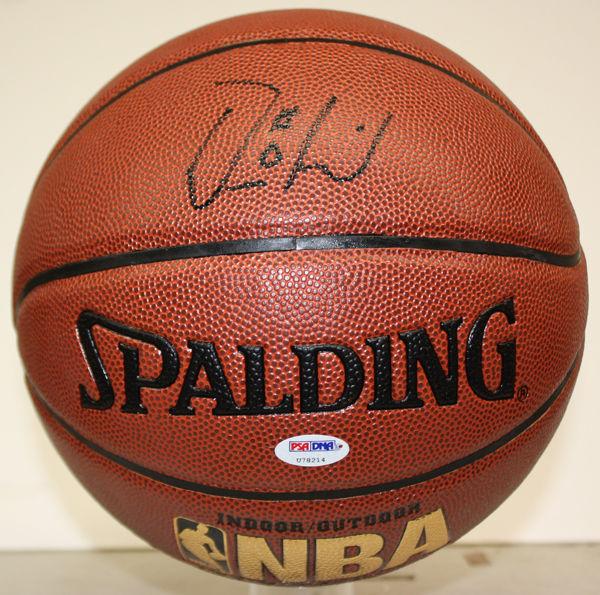 Damian Lillard Rookie Cards and Autograph Memorabilia Guide 26