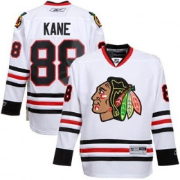 Patrick Kane Hockey Cards: Rookie Cards Checklist and Memorabilia Buying Guide 81