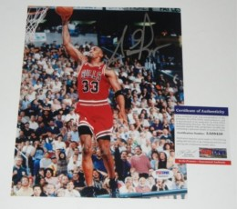 Scottie Pippen Basketball Cards and Autograph Memorabilia Guide 32