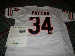 Walter Payton Football Cards, Rookie Card and Autograph Memorabilia Guide 58