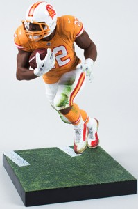 Guide to 2013 McFarlane NFL Sports Picks Exclusive Figures 5