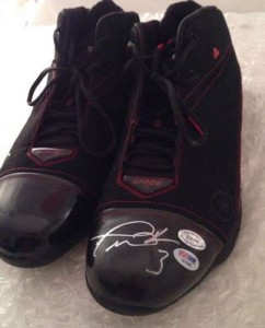 Dwyane Wade Signed Shoes