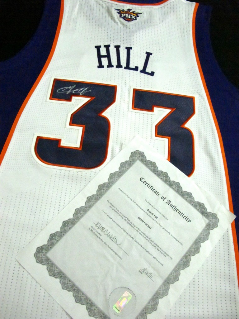 Grant Hill Signed Jersey