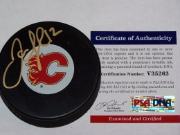 Jarome Iginla Cards, Rookie Cards and Autographed Memorabilia Guide 22