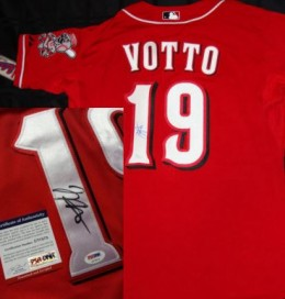 Joey Votto Rookie Cards and Autographed Memorabilia Guide 23