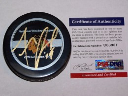 Jonathan Toews Signed Puck