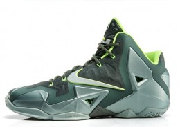 fea3dfac35f Newest LeBron 11 Dunkman Continues Popular Colorway 1