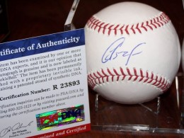 Yoenis Cespedes Cards and Autographed Memorabilia Guide 57