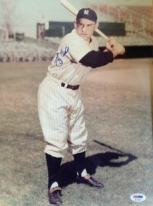 Yogi Berra Cards, Rookie Cards and Memorabilia Guide 29