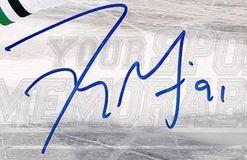 Tyler Seguin Signature Example