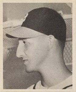 Top 10 Warren Spahn Baseball Cards 8