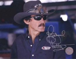 Richard Petty Cards and Autographed Memorabilia Guide 25