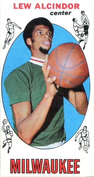 Top 10 Vintage Basketball Rookie Cards of All-Time 7