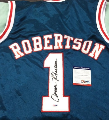 Oscar Robertson Cards and Autographed Memorabilia Guide 23