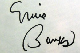 Ernie Banks Signature example