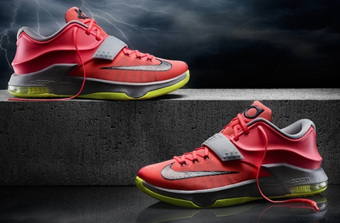 Nike KD 7 Kevin Durant Sneakers Image