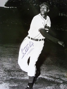 Satchel Paige Cards, Rookie Cards and Autographed Memorabilia Guide 24
