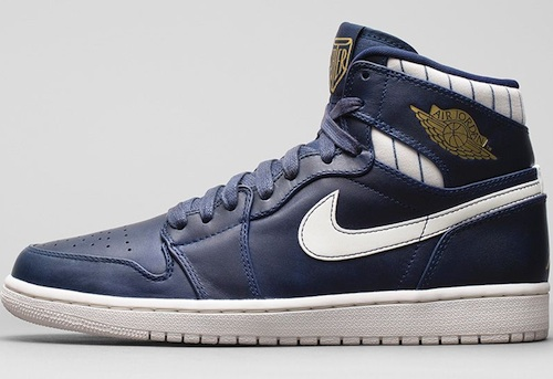 Air Jordan Retro 1 High Derek Jeter side