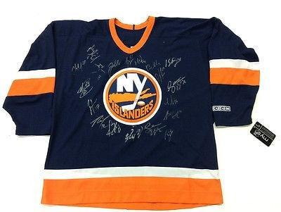 NY Islanders Team Signed Jersey