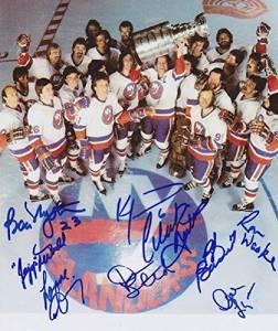 NY Islanders Team Signed Photo