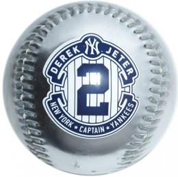 Farewell, Captain: 10 Derek Jeter Retirement Collectibles 8