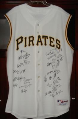 Pittsburgh Pirates Team Signed Jersey