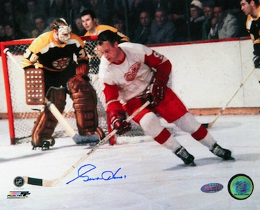 Gordie Howe Detroit Red Wings Signed Photo