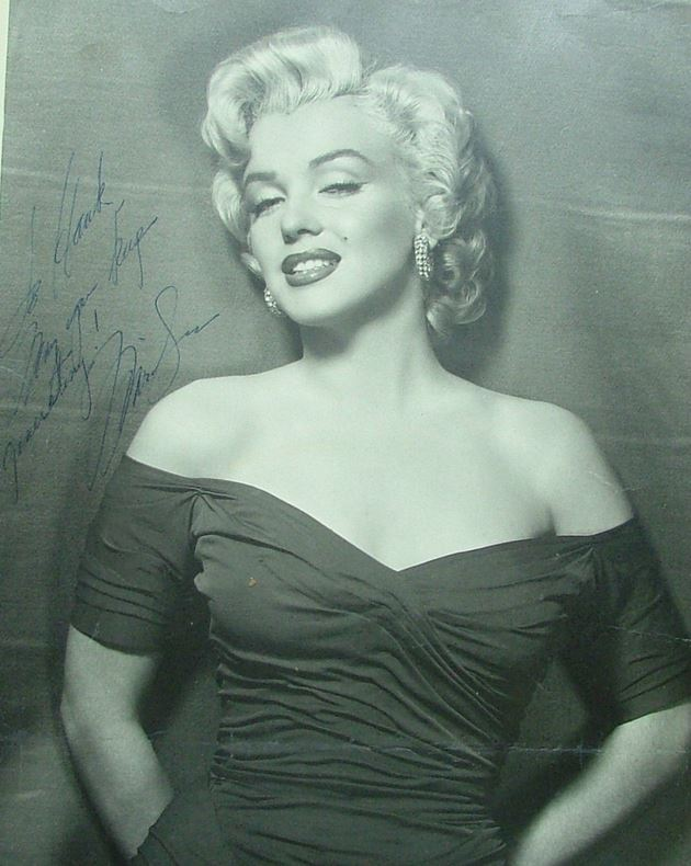 Celebrate Her 90th Birthday with the Top 10 Marilyn Monroe Collectibles 3