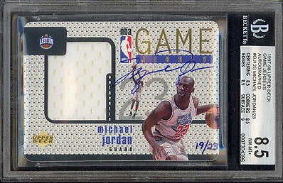 Top Michael Jordan Card and Memorabilia Sales of 2014-15 15