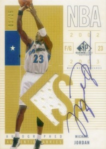 2002-03 SP Game Used Authentic Fabrics Autograph Michael Jordan #100